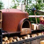 Een mobiele pizza oven